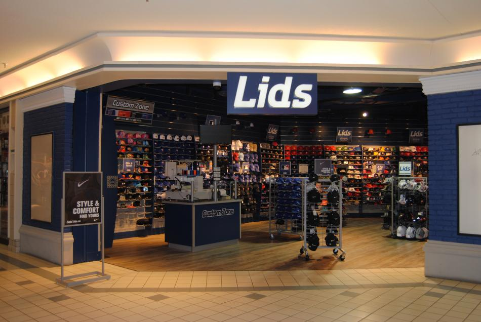 Lids Fashion Valley Mall